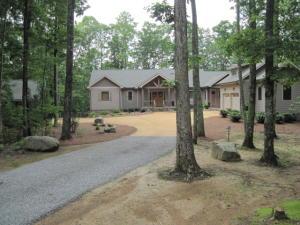 55 Mountain Farms Rd, Signal Mountain, TN 37377