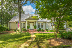 225 W Brow Oval, Lookout Mountain, TN 37350