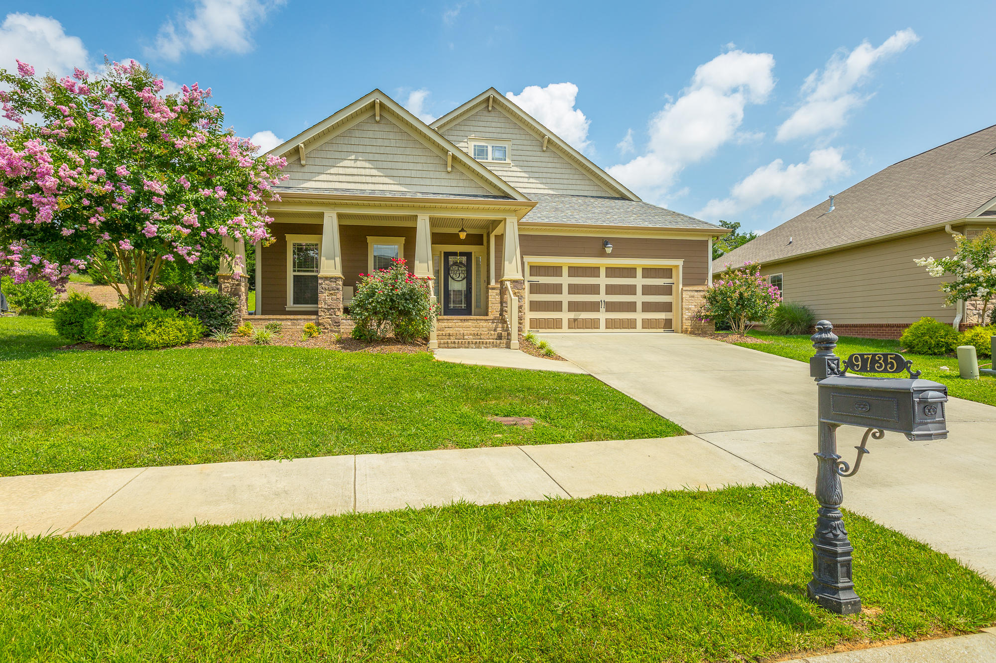 9735 Rookwood Circle Chattanooga #homeforsaleinchattanooga, #ChattanoogaHomeForSale, #ThePaulaMcDanielGroup, #Chattanoogarealestateforsale, #Chattanoogarealestateforsale, #allbrickhomeforsale#, ThePaulaMcDanielGroup, #homeforsalewith - The Paula McDaniel Group - Real Estate Partners Chattanooga LLC #homeforsaleinchattanooga, #ChattanoogaHomeForSale, #ThePaulaMcDanielGroup, #Chattanoogarealestateforsale, #Chattanoogarealestateforsale, #allbrickhomeforsale#, ThePaulaMcDanielGroup, #homeforsalewith
