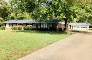 6831 Hickory Ln, Chattanooga, TN 37421