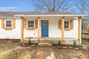204 Allen Rd, Chattanooga, TN 37415