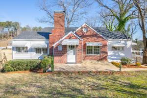 1316 Sharon Cir, Chattanooga, TN 37405