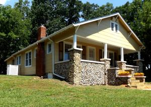 6275 Fairview Rd, Hixson, TN 37343