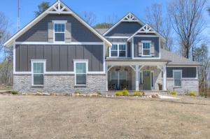 7394 Blackstone Dr, Signal Mountain, TN 37377