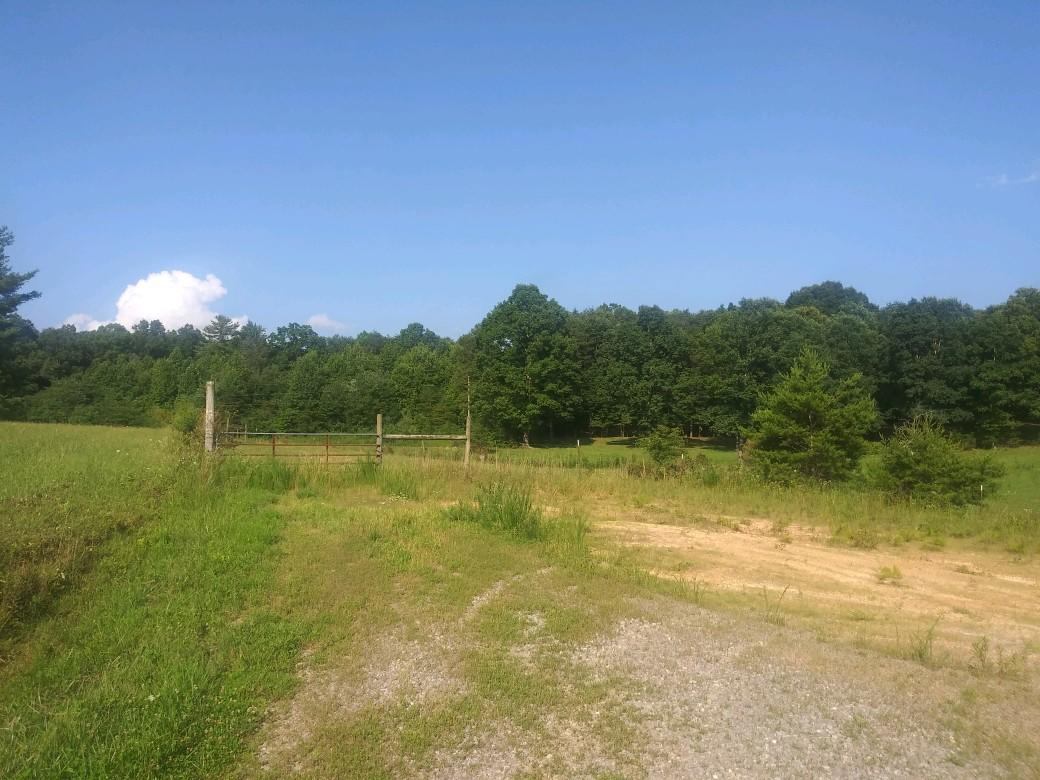 399 Suzanne, Graysville, TN 37338