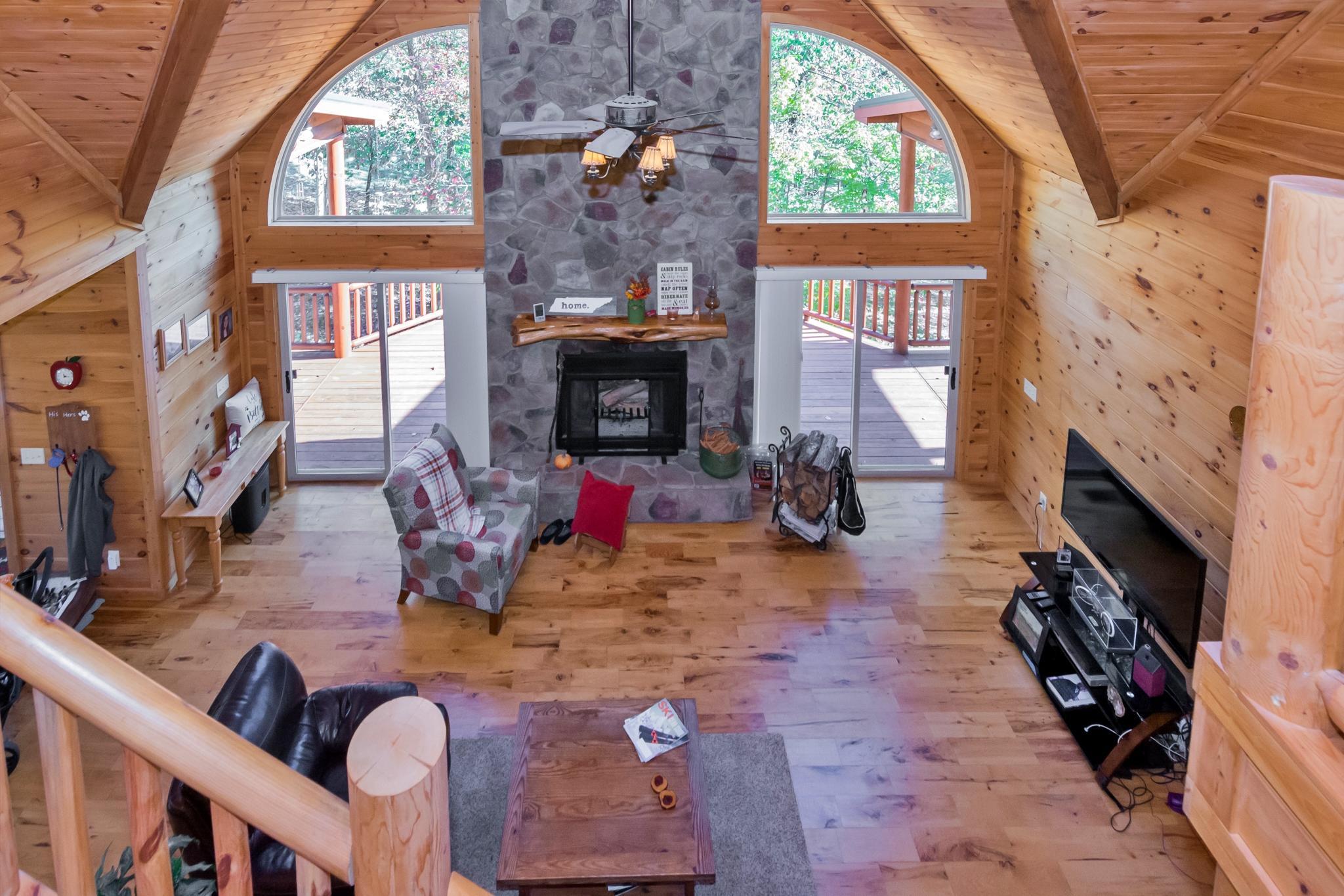 Image 6 For 74 Log Cabin