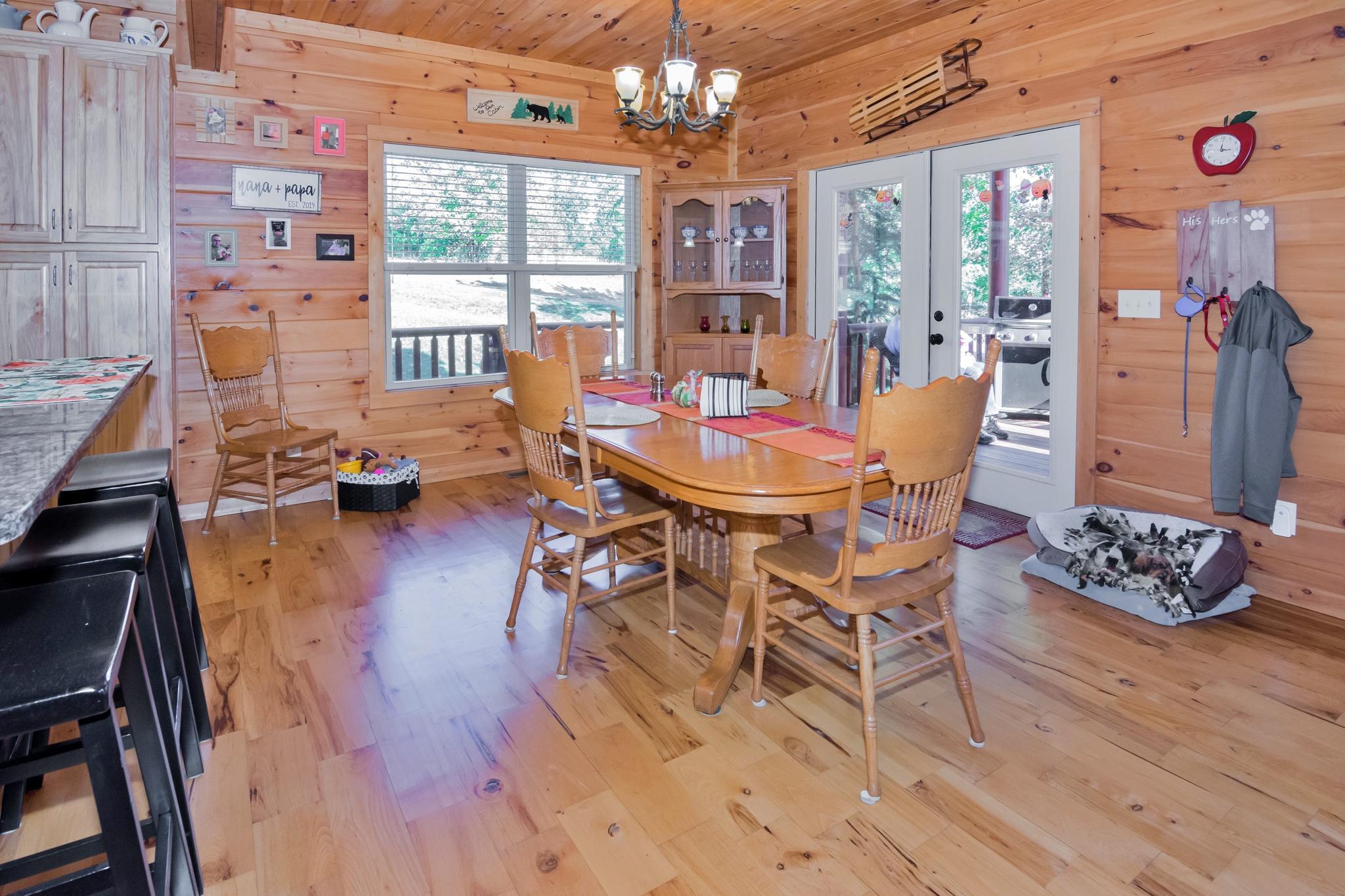 Image 15 For 74 Log Cabin