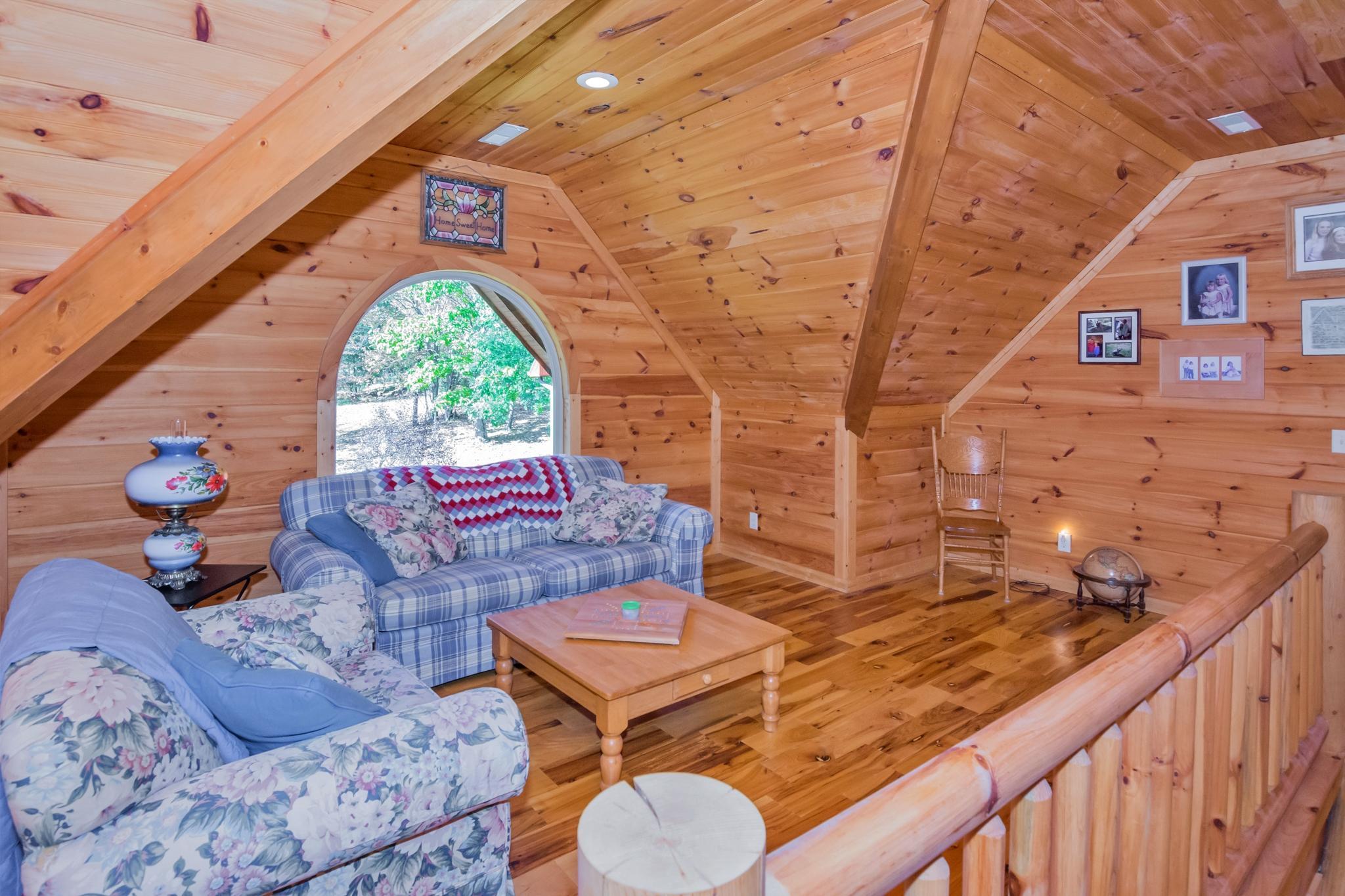 Image 22 For 74 Log Cabin