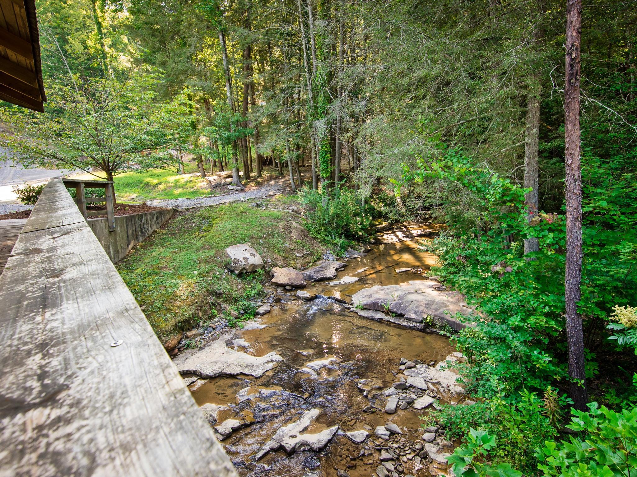 Image 71 For 74 Log Cabin