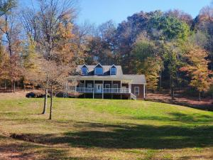 9920 Griffith Hwy, Whitwell, TN 37397