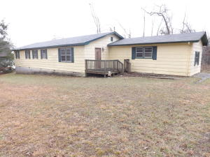 204 Stocker Rd, Palmer, TN 37365