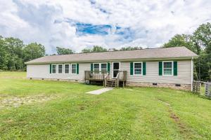 605 Black Mountain Rd, Dunlap, TN 37327