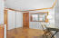 basement level en suite/guest suite/nanny suite