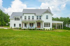 645 Walden Farms Rd, Signal Mountain, TN 37377