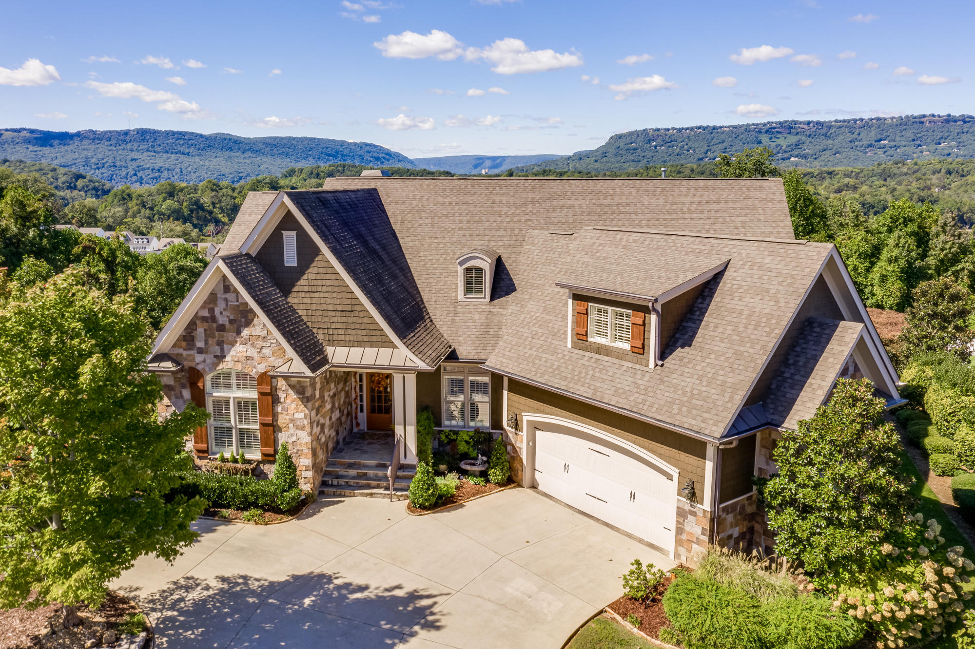 Details for 1585 Westover, Chattanooga, TN 37405