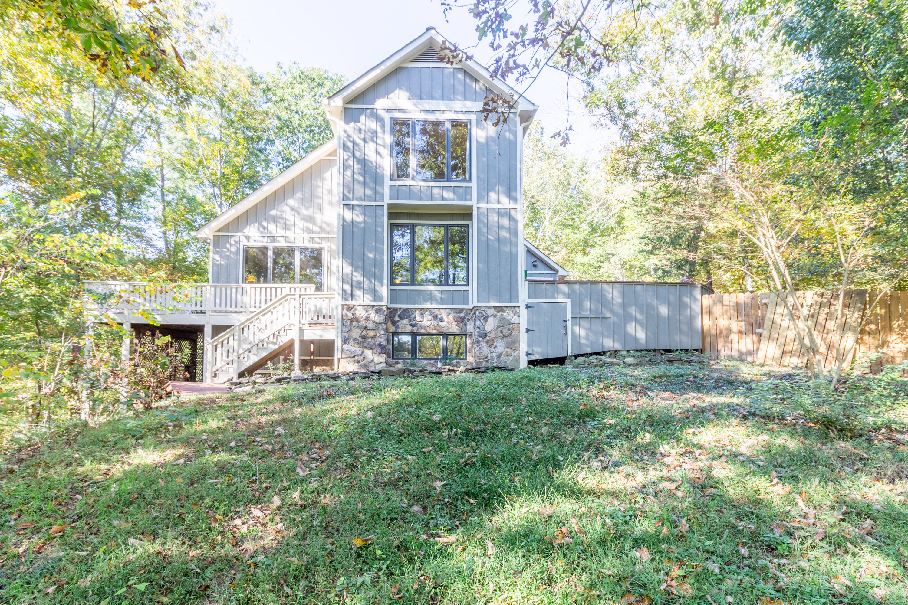 174 Clearview Dr, Ringgold, GA 30736