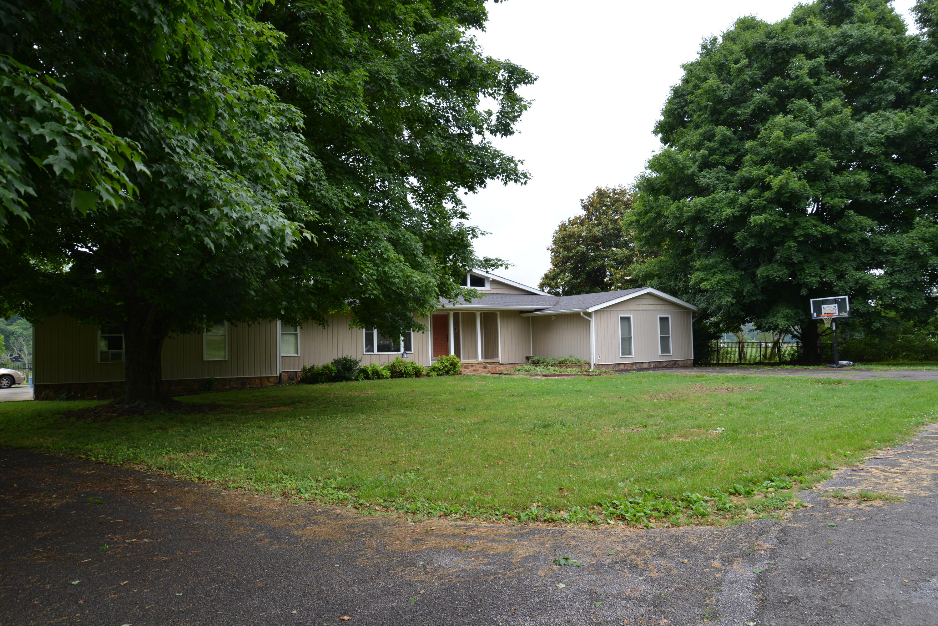6396 Blue Springs Rd, Cleveland, TN 37311