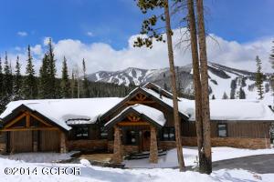 Beautiful Mountain Cabin in Lakota