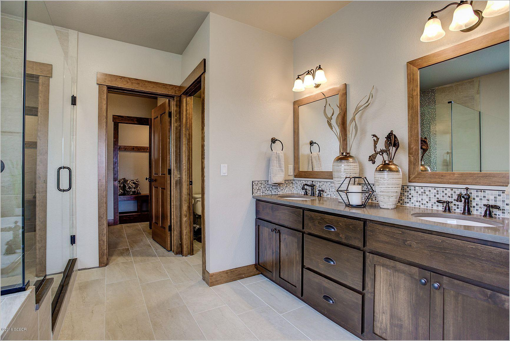 1819 Pioneer Trail, Fraser, CO 80442 - Real Estate of Winter