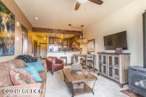 202 Cozens Pointe Circle, H-202, Fraser, CO 80442