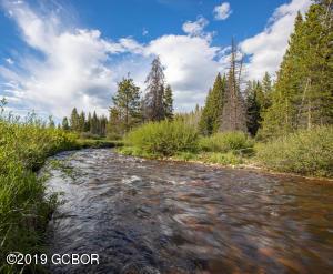 108 Beavers Lodge Rd, Winter Park, CO 80482