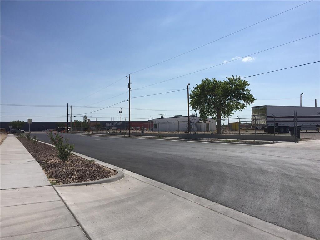 501 S DARRINGTON Road, Horizon City, Texas 79928, ,Commercial,For sale,S DARRINGTON,753242