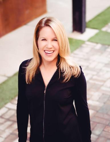 Kate Felzer agent image