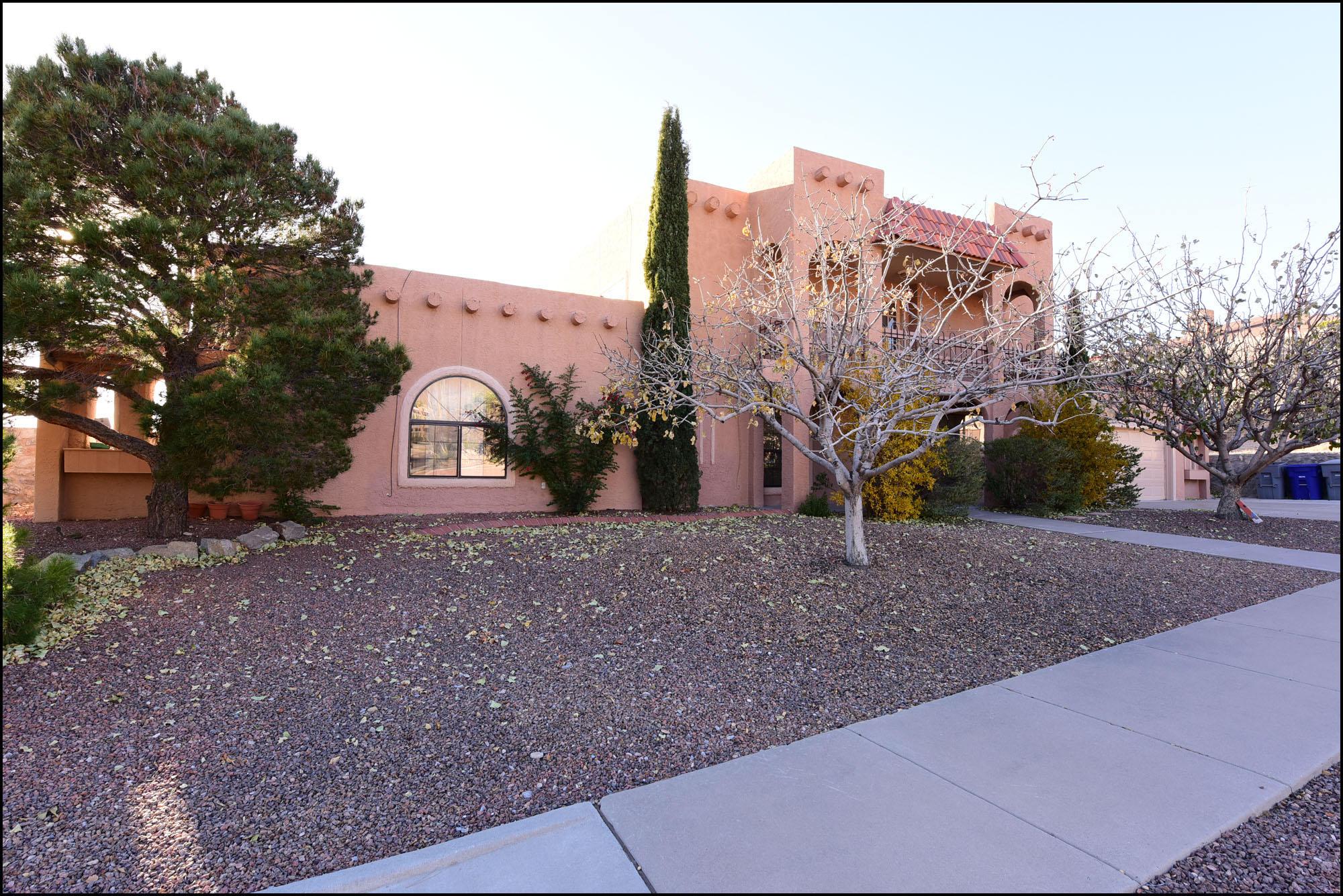 801 CRESTA ALTA, El Paso, Texas 79912, 6 Bedrooms Bedrooms, ,4 BathroomsBathrooms,Residential,For sale,CRESTA ALTA,801030