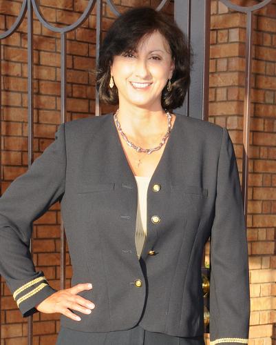 Yolanda Cordova agent image