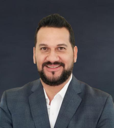 Fernando Bustamante agent image