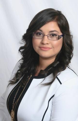 Stephanie Alvarez agent image