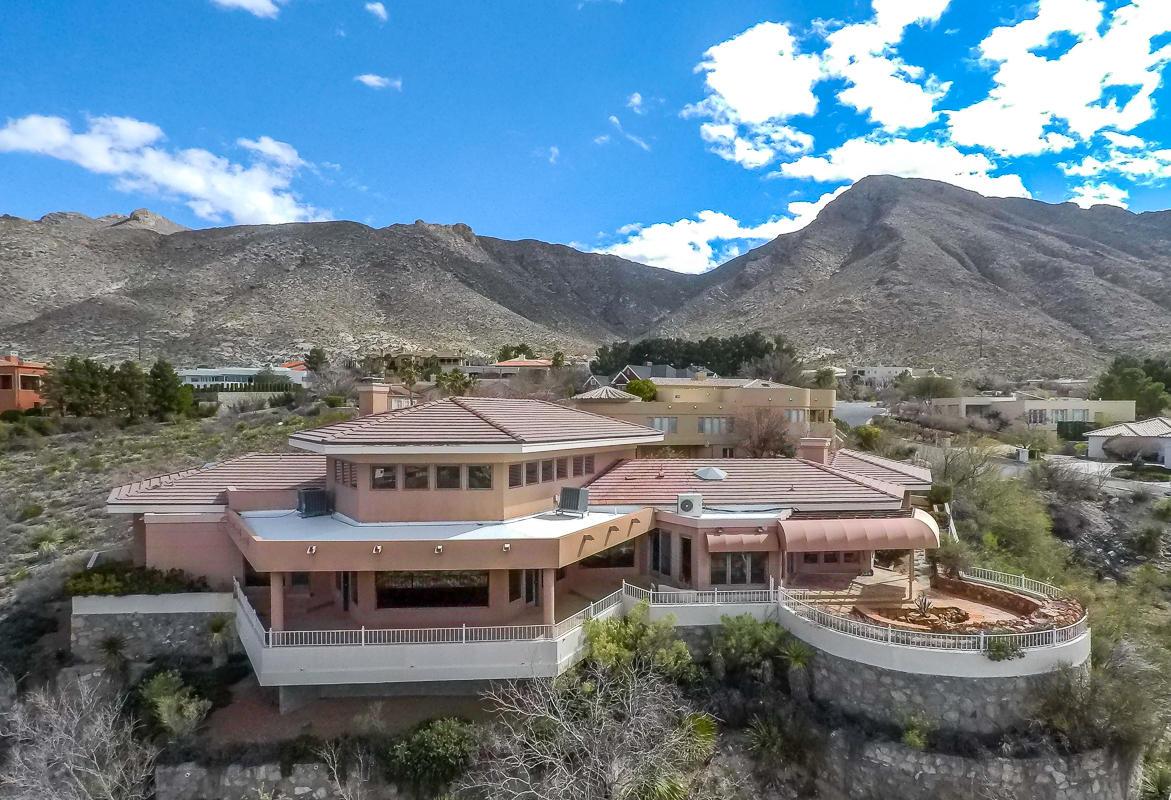 101 CALLE CORRALES, El Paso, Texas 79912, 4 Bedrooms Bedrooms, ,4 BathroomsBathrooms,Residential,For sale,CALLE CORRALES,802987