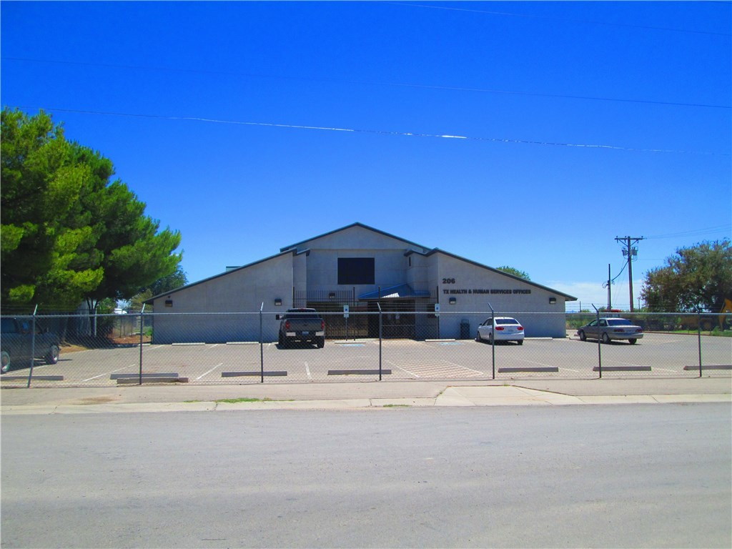 206 8TH Street, Fabens, Texas 79838, ,Commercial,For sale,8TH,805919