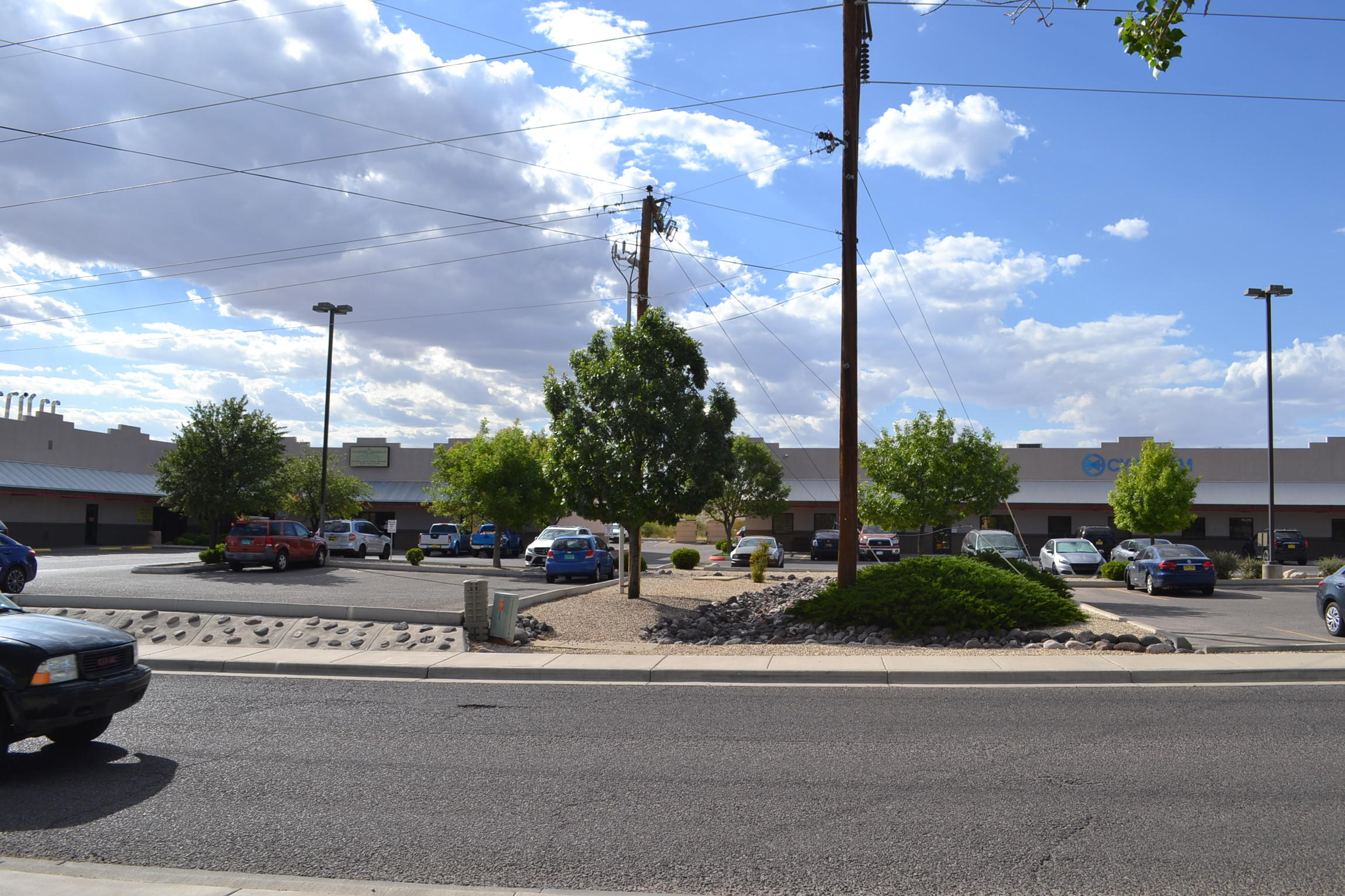 2293-2303 DIVOT, Las Cruces, New Mexico 88001, ,Commercial,For sale,DIVOT,810139