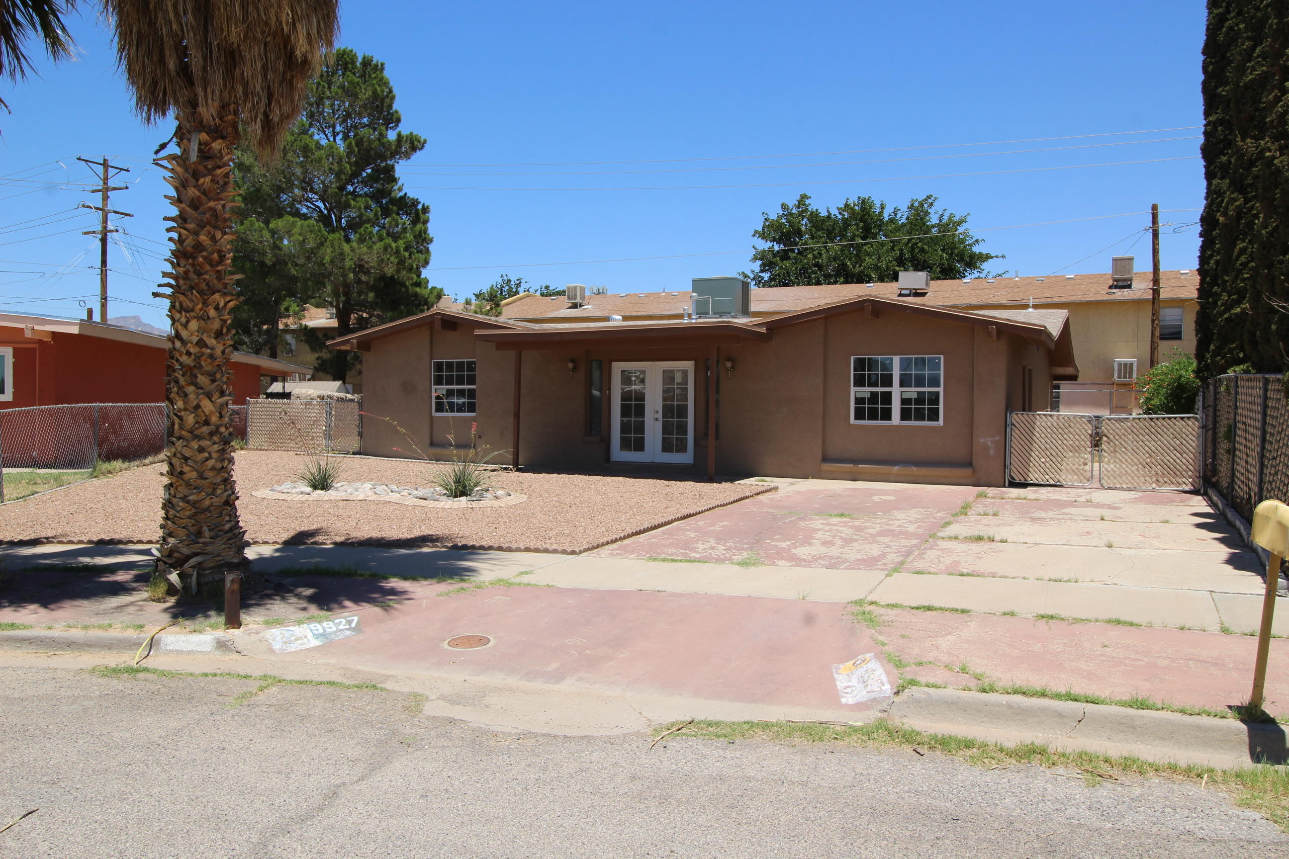 9927 AGENA, El Paso, Texas 79924, 3 Bedrooms Bedrooms, ,2 BathroomsBathrooms,Residential,For sale,AGENA,810653