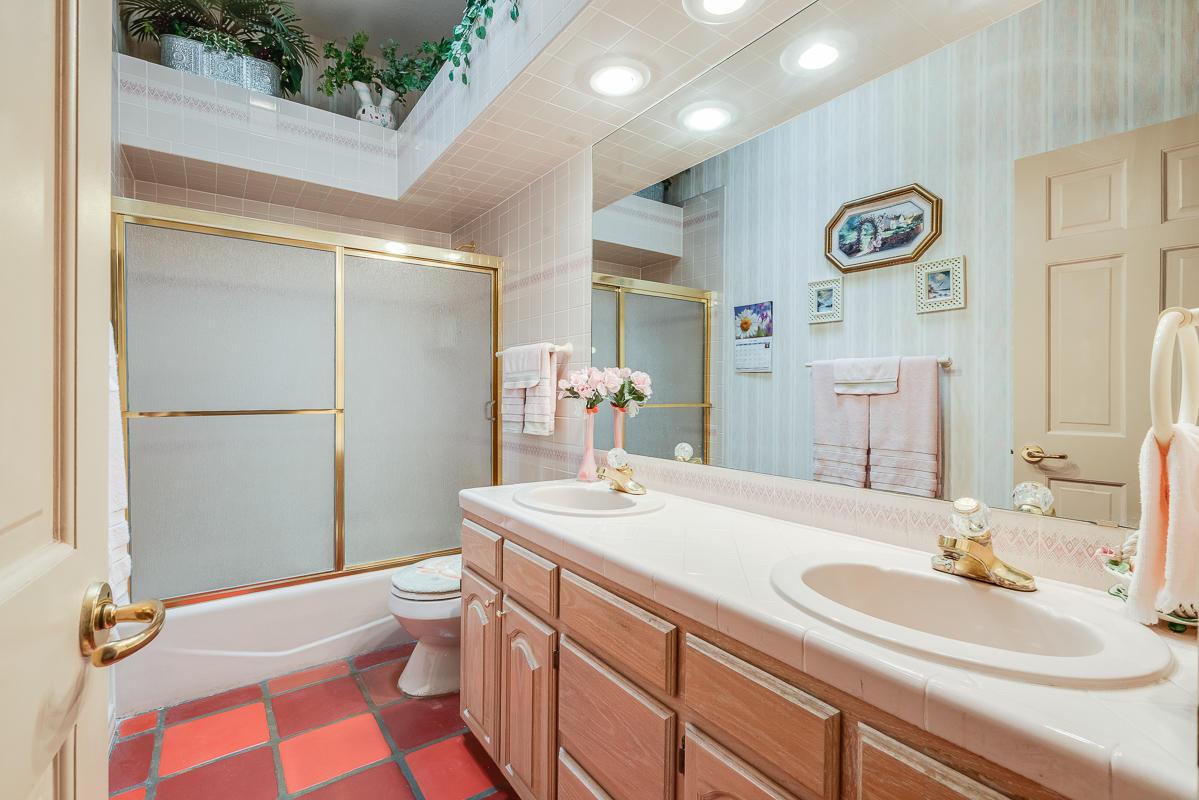 1320 LOMA VERDE, El Paso, Texas 79936, 4 Bedrooms Bedrooms, ,3 BathroomsBathrooms,Residential,For sale,LOMA VERDE,810569