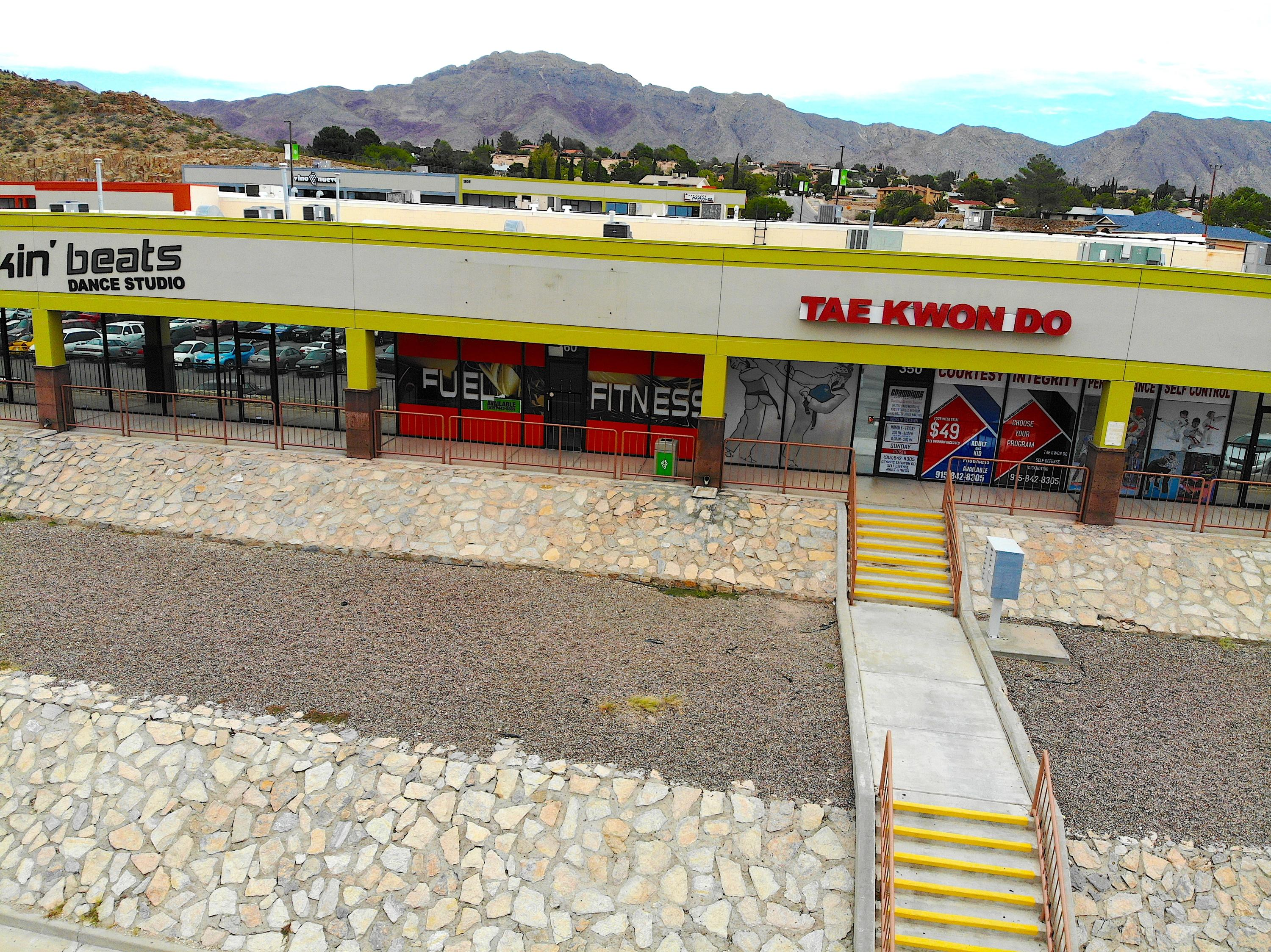 1035 BELVIDERE Street, El Paso, Texas 79912, ,Commercial,For sale,BELVIDERE,812178