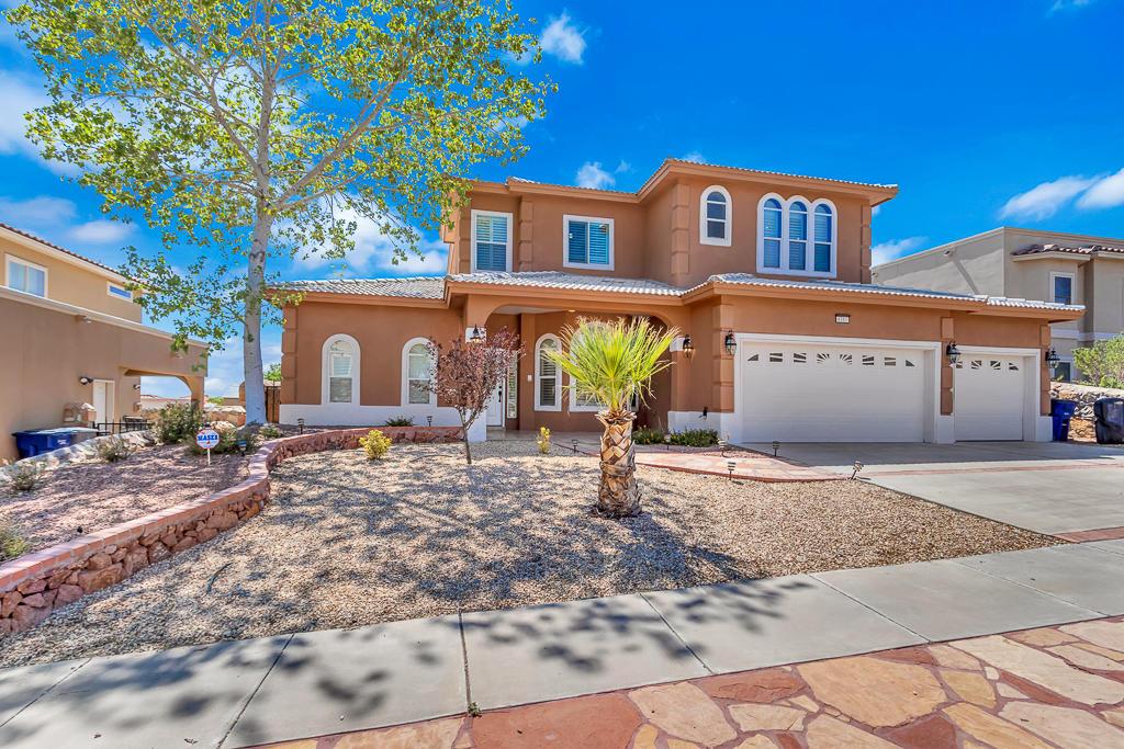 6381 FRANKLIN TRAIL, El Paso, Texas 79912, 4 Bedrooms Bedrooms, ,4 BathroomsBathrooms,Residential,For sale,FRANKLIN TRAIL,812226