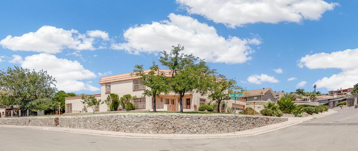 1521 ROCKY BLUFF, El Paso, Texas 79902, 5 Bedrooms Bedrooms, ,7 BathroomsBathrooms,Residential,For sale,ROCKY BLUFF,812695