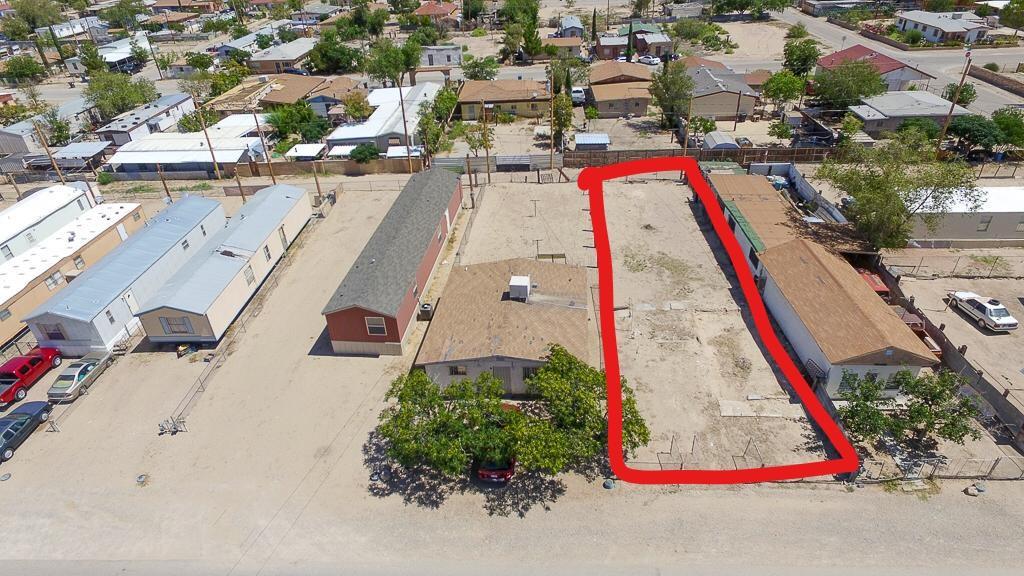215 Davis Street, Fabens, Texas 79838, ,Land,For sale,Davis,819044