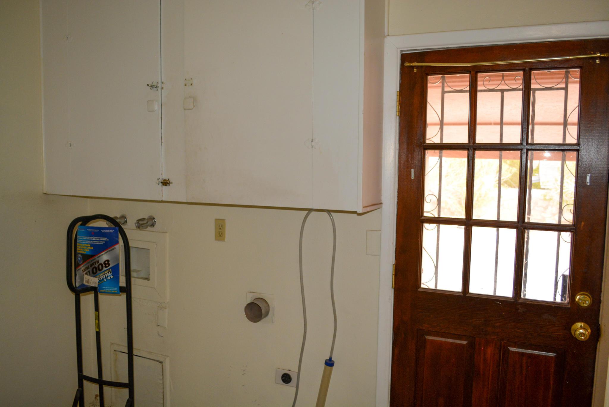 10100 DELLWOOD, El Paso, Texas 79924, 4 Bedrooms Bedrooms, ,2 BathroomsBathrooms,Residential,For sale,DELLWOOD,821059
