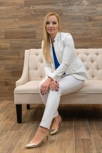 Kristen De Santiago agent image