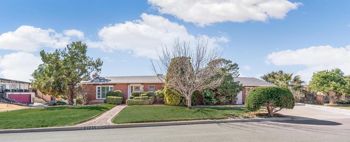 3701 LAGUNA, El Paso, Texas 79902, 4 Bedrooms Bedrooms, ,4 BathroomsBathrooms,Residential,For sale,LAGUNA,822382