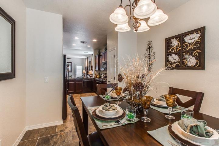 530 Puesta Del Sol, Socorro, Texas 79927, 3 Bedrooms Bedrooms, ,3 BathroomsBathrooms,Residential,For sale,Puesta Del Sol,822959