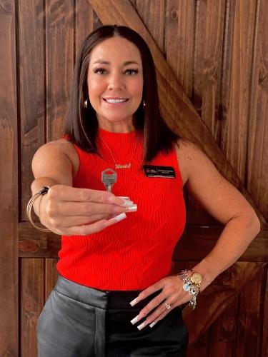 Veronica Garcia agent image