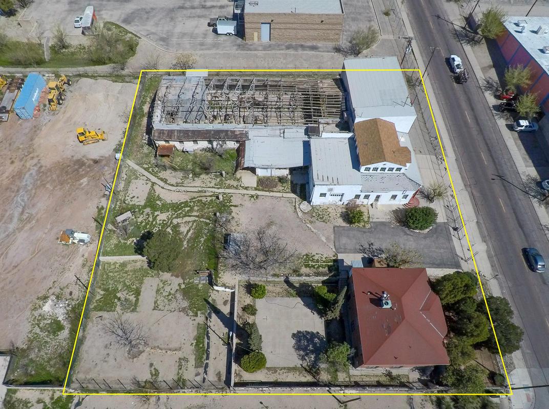 305 N. Clark, El Paso, Texas 79905, 8 Bedrooms Bedrooms, ,2 BathroomsBathrooms,Residential,For sale,N. Clark,825149