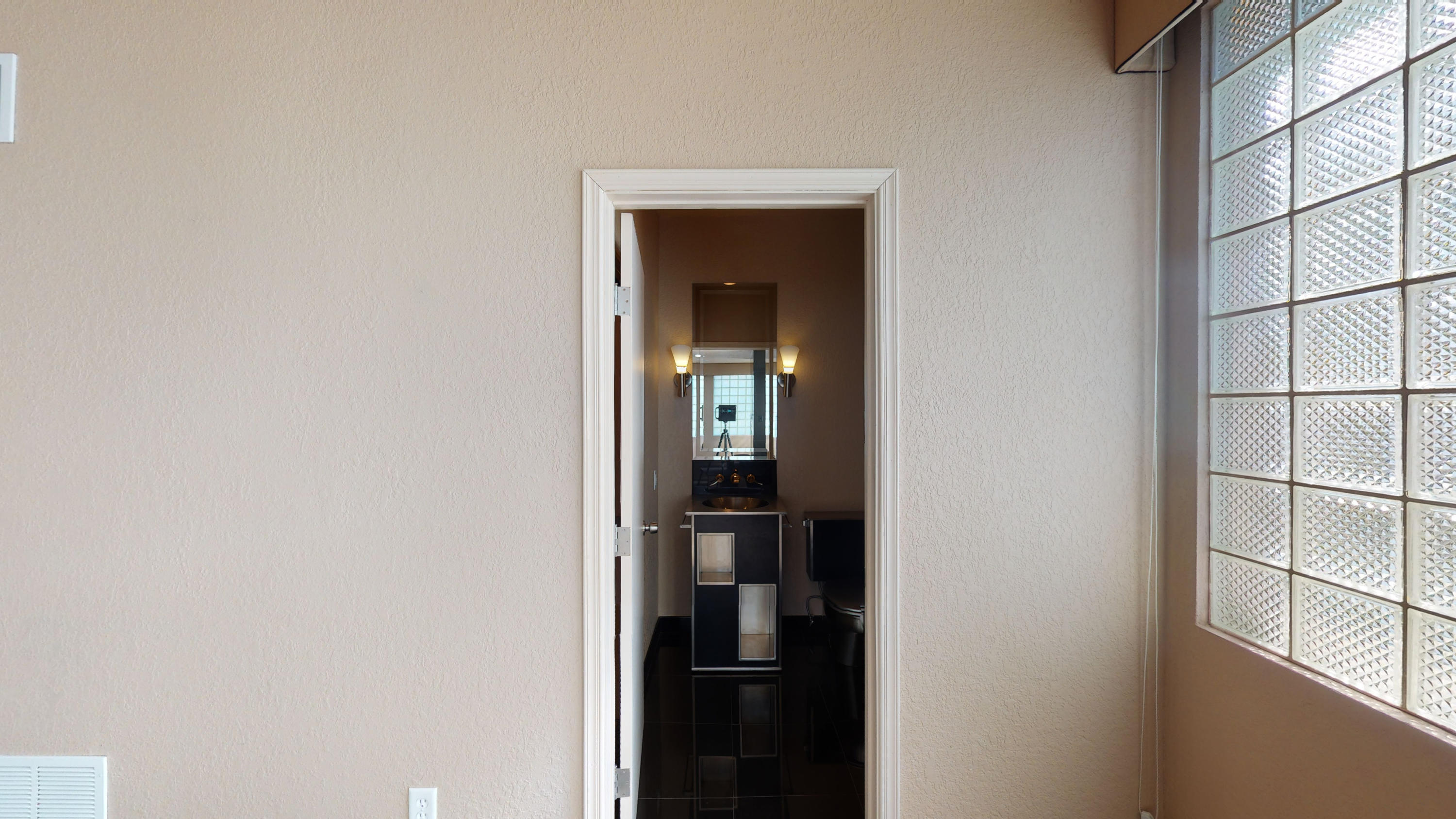 800 Singing Hills, El Paso, Texas 79912, 4 Bedrooms Bedrooms, ,8 BathroomsBathrooms,Residential,For sale,Singing Hills,757131