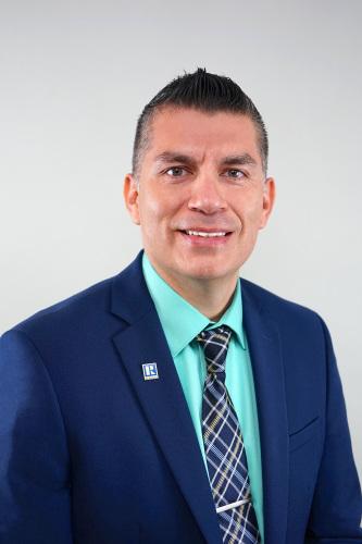 Carlos Sifuentes agent image