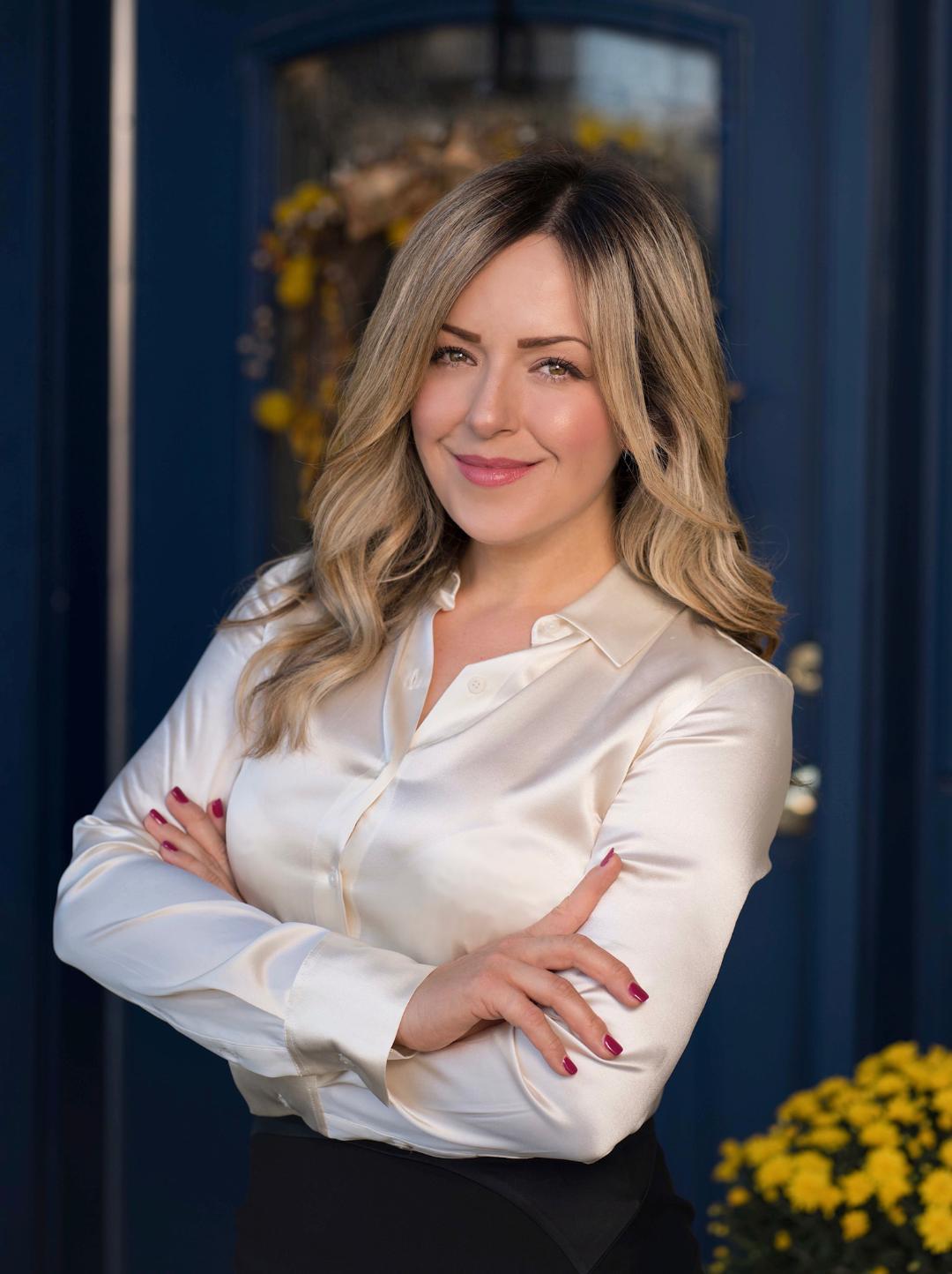 Eva Camarena agent image