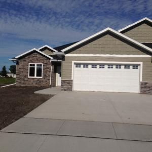 3751 26TH ST S, GRAND FORKS, ND 58201